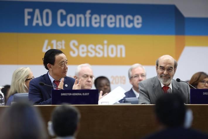 Il Direttore Generale José Graziano da Silva chiude la conferenza della FAO