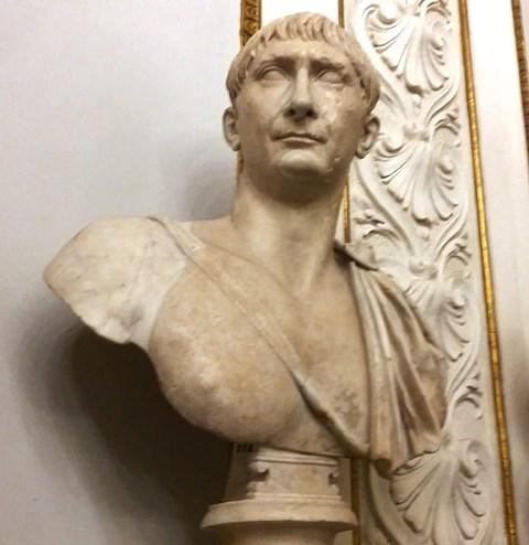 Busto dell'imperatore Traiano - Musei Capitolini Collezione Albani