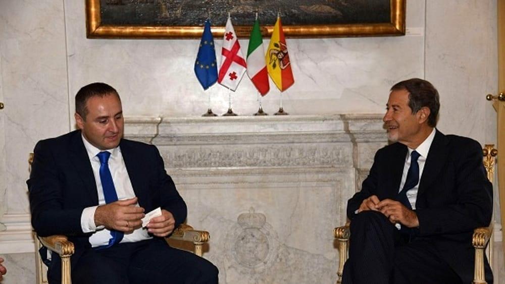 """Il governatore siciliano Musumeci e l'ambasciatore della Georgia, Konstantine Surguladze"""""""