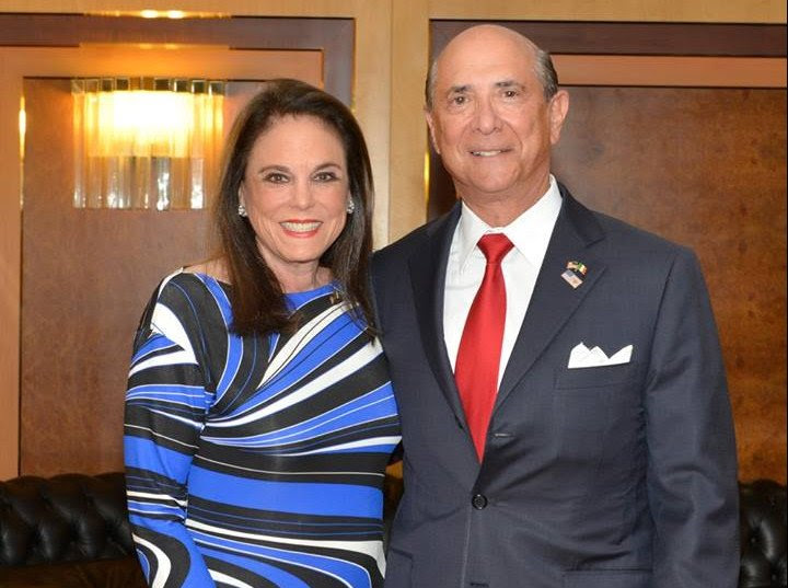 Lewis Eisenberg, nuovo ambasciatore USA a Roma, e la moglie Judith Ann