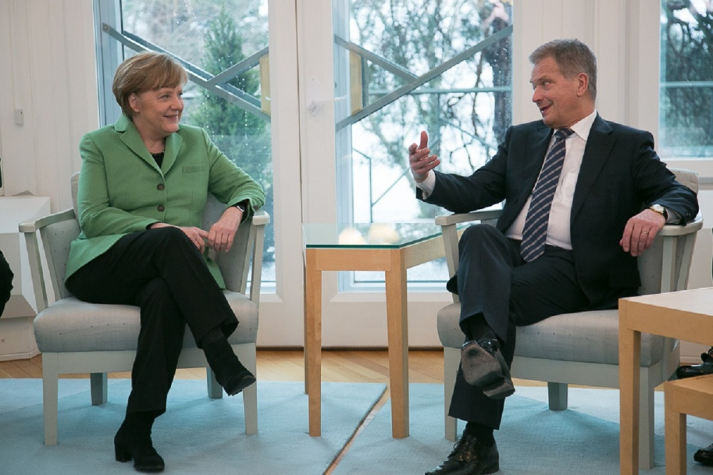 Il presidente finlandese Sauli Niinistö con Angela Merkel - Copyright © Office of the President of the Republic