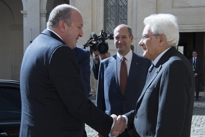 Il Presidente Sergio Mattarella accoglie il Presidente della Repubblica di Georgia, Giorgi Margvelashvili, al Quirinale in Visita Ufficiale