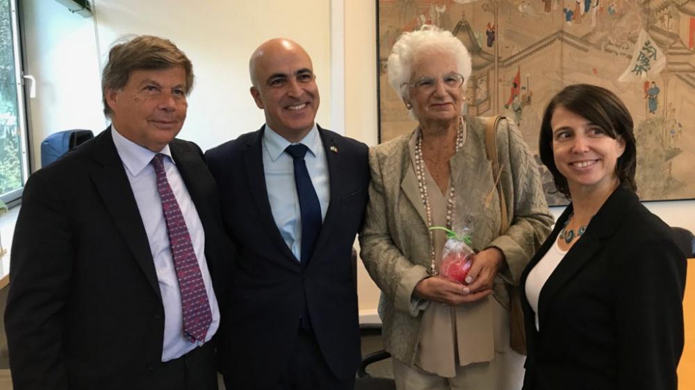 da sin.: Milo Hasbani, l'amb. Dror Eydar, Liliana Segre e Michal Gur-Aryeh