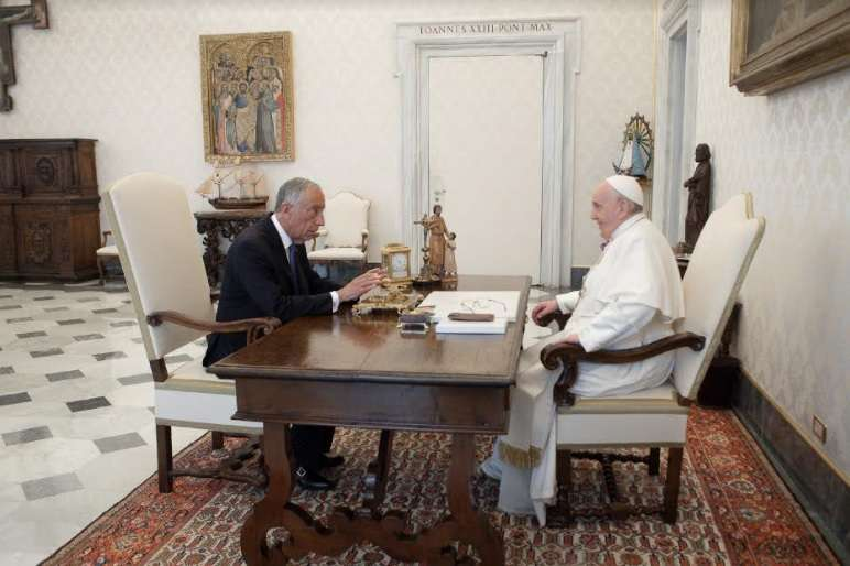 Papa Francesco con Marcelo Rebelo de Sousa, presidente del Portogallo - Foto: Vatican Media - ACI Group