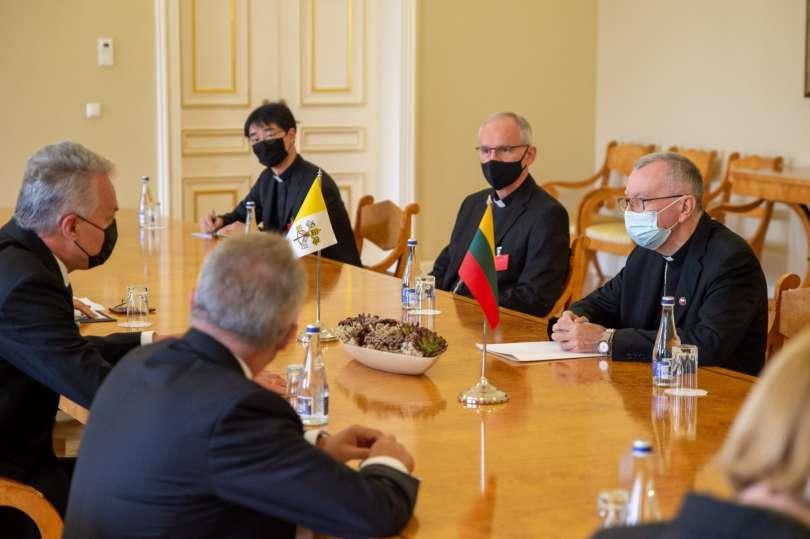 Il presidente lituano Nauseda e il Card. Parolin al bilaterale a Vilnius Foto: Presidenza della Repubblica di Lituania