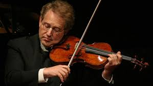 il violinista Shlomo Mintz